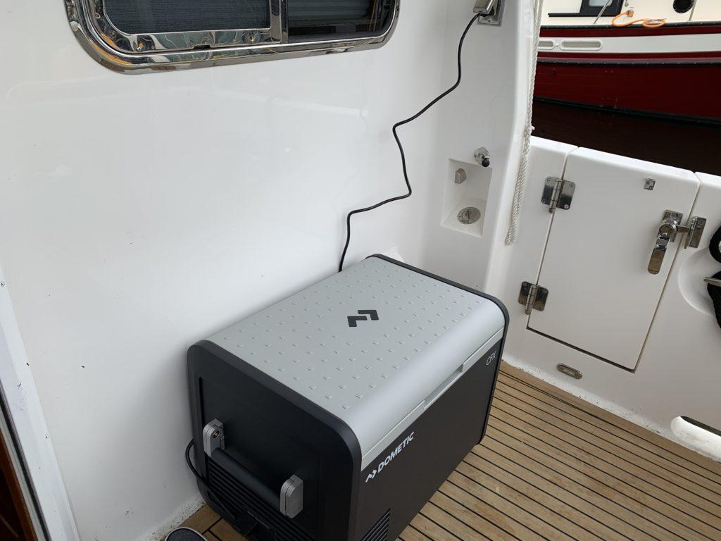 Cooler in cockpit